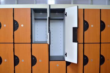 Type Locker: Plastic Laminated (Multiple Tier Locker)