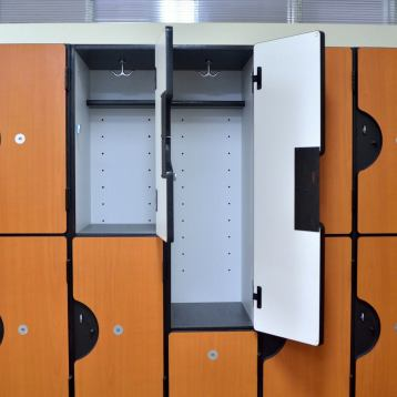 Type Locker: Plastic Laminated (Multiple Tier Locker)